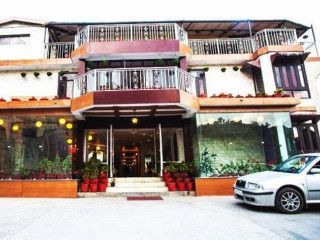 Hotel SunSnow- Best 3 star hotel in Mussoorie