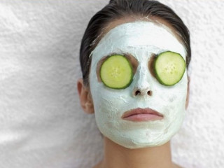 Facial and bleach at home